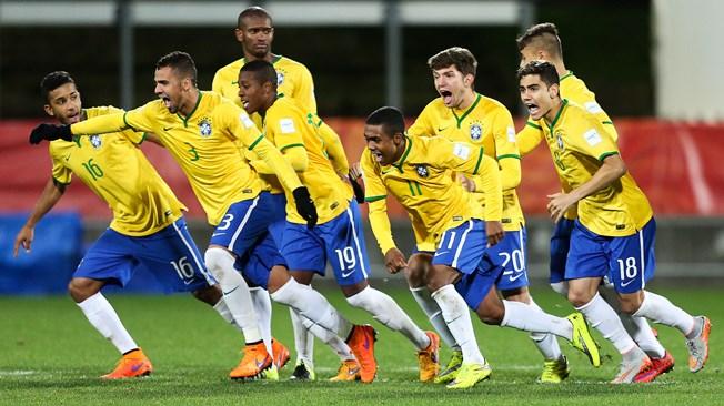 Uruguay cayó ante Brasil por penales y se terminó el sueño