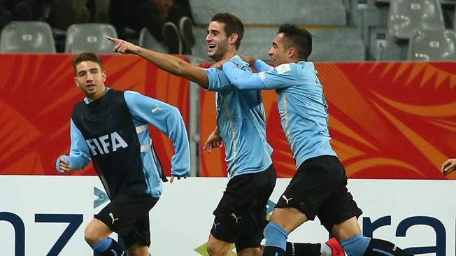 Uruguay pisó fuerte ante Serbia