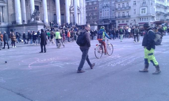Atentado en Bruselas: la ciudad horas después de estallar los explosivos