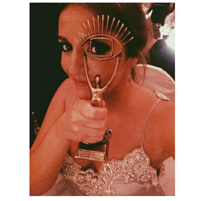 Magdalena Prado y el premio Iris de Viva la Tarde