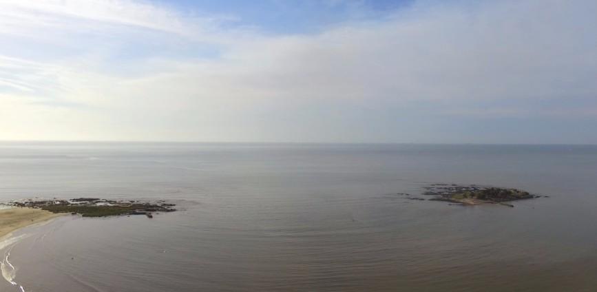 Espectacular vista aérea de la Isla de las Gaviotas