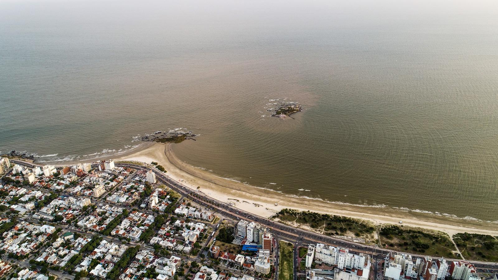 La Isla de las Gaviotas vista a cientos de metros de altura