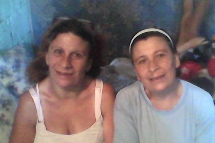 Laura y Yenni vivieron en Malvín y buscan a su madre biológica