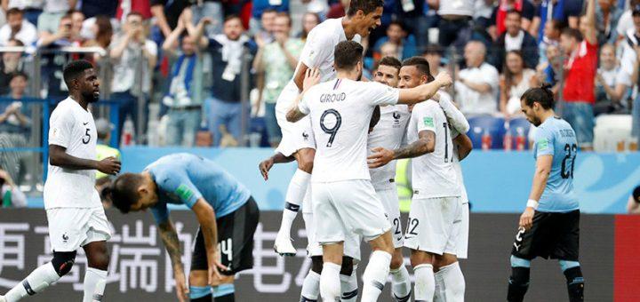 El Maestro Tabárez debe seguir tras el Mundial de Rusia 2018?