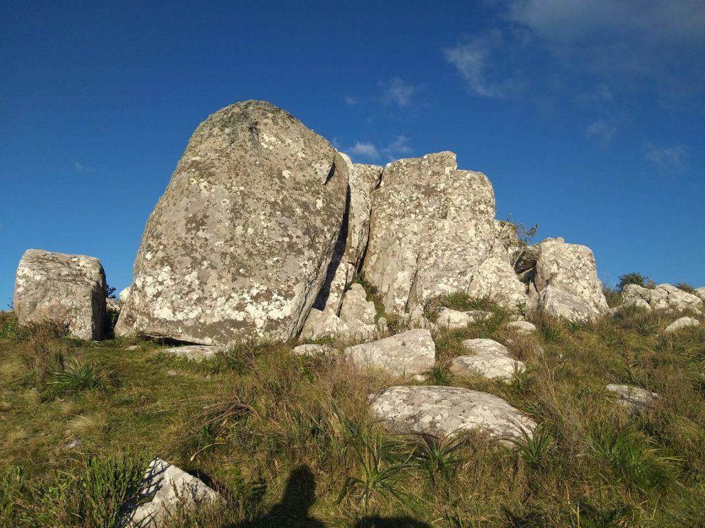 Formación rocosa en la cima del Cerro Catedral